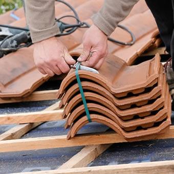 pose et changement de toiture devis gratuit. Black Bedroom Furniture Sets. Home Design Ideas